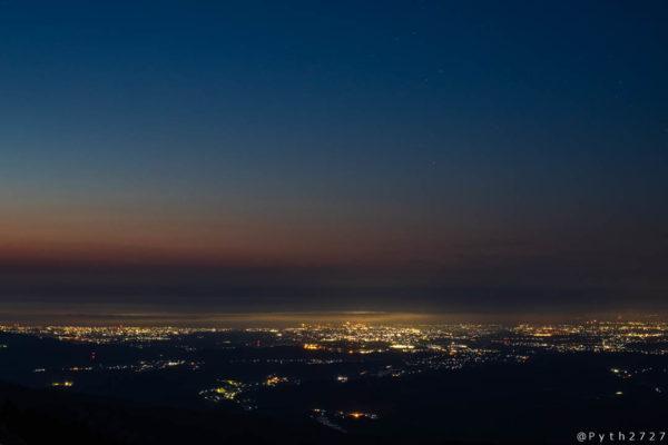 青山高原の朝焼け