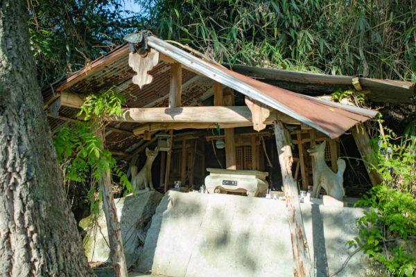 兵庫県黒滝の社