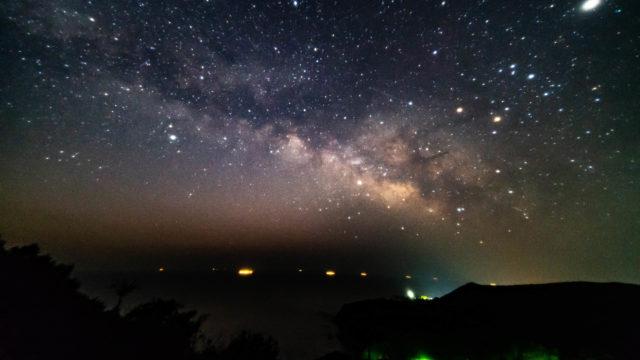 パールロード・面白展望台から見える星空・天の川を紹介します(三重県鳥羽市)【星景写真】