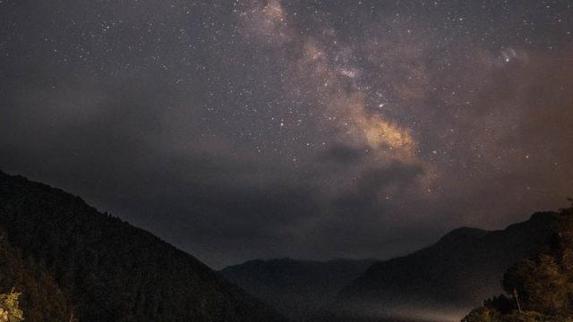 大迫ダムから見える星空・天の川を紹介します(奈良県川上村)【星景写真】