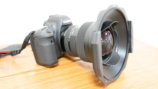KANI 角フィルターホルダー(150mm幅)をSIGMA 14-24 F2.8への装着方法