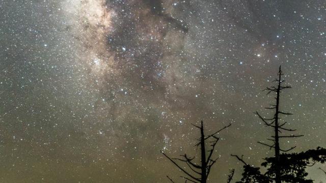 大台ケ原ドライブウェイ見晴台から見える星空・天の川を紹介します(奈良県上北山)【星景写真】