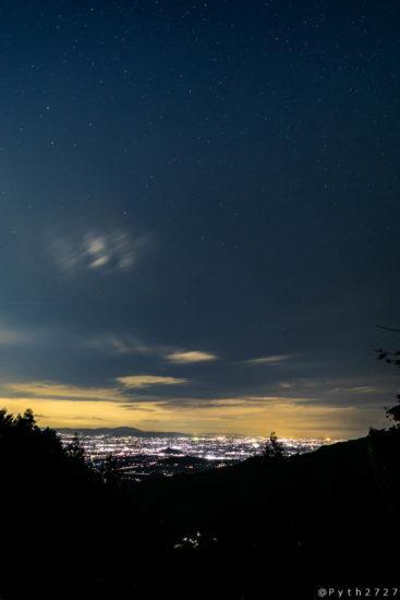 畑 七曲展望所の夜景と星空