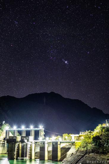 池原ダムの星空
