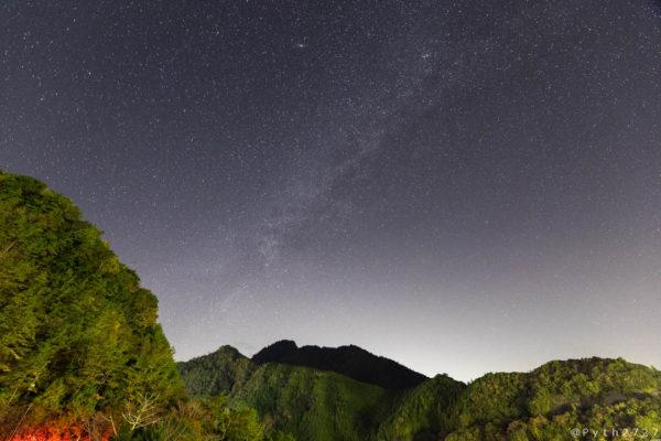 池原ダムの星空と天の川
