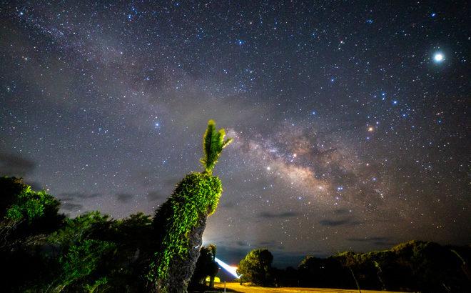 梶取崎灯台と星空を撮影に行きました(和歌山県太地町)