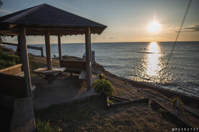 麦崎灯台と朝日