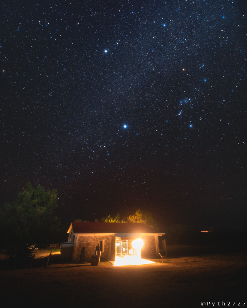 潮風の休憩所の星空