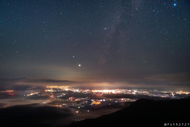 伊吹山 琵琶湖展望台 天の川