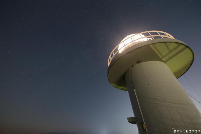雑賀崎灯台 夜空