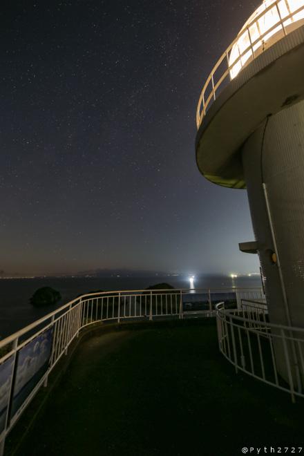 雑賀崎灯台 夜中