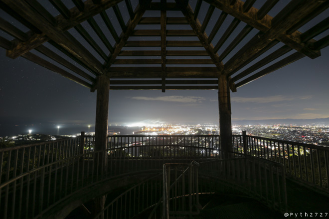 高津子山展望台 夜