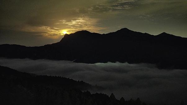 曽爾高原から見えた雲海(奈良県曽爾村)