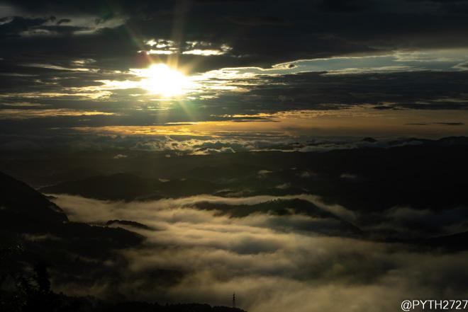 鳥見山公園 雲海 日の出